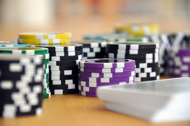 Learn The Effective Tips To Play Poker Like A Pro!