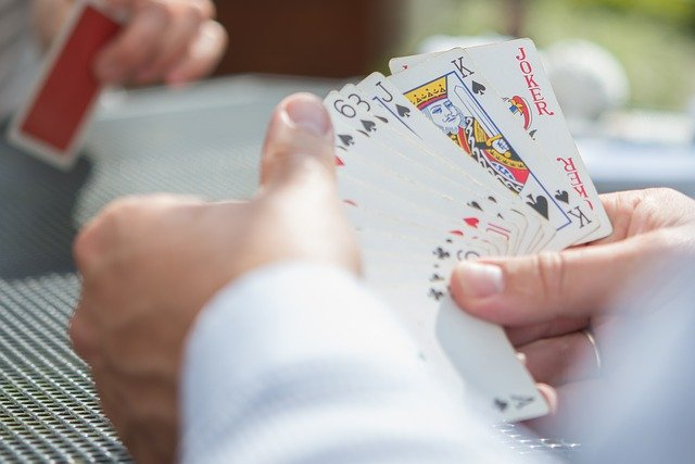 Gain master skills in poker