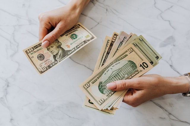 Advance Payday Loans – What You Need To Know About Them