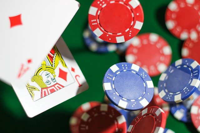 Some Significant Advantages Of Playing Slot Games On Online Gambling Sites!