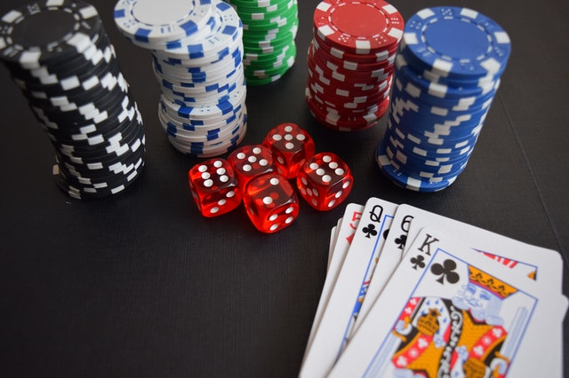 What is the appeal of online gambling?